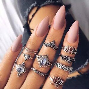 Jewelry - New 10pc boho midi ring set FEW Available